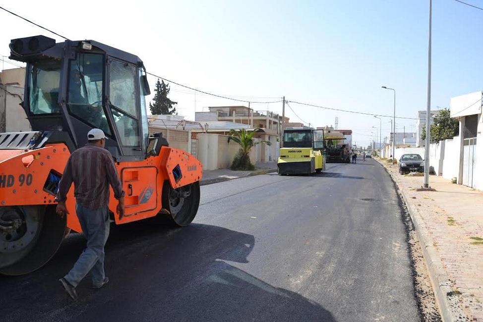 صفاقس : تعبيد طريق القائد محمد