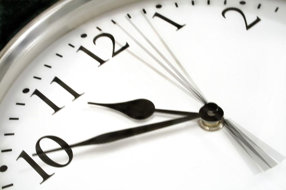 التوقيت - ساعة -وقت