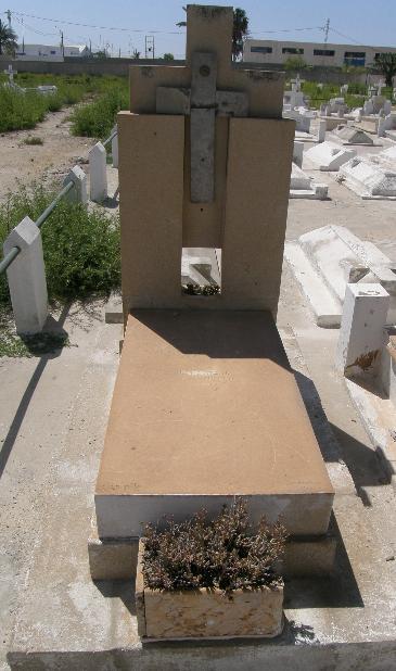 قبر لوس فراندو المتوفي في صفاقس سنة 1915