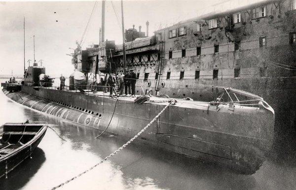 الغواصة الفرنسية صفاقس