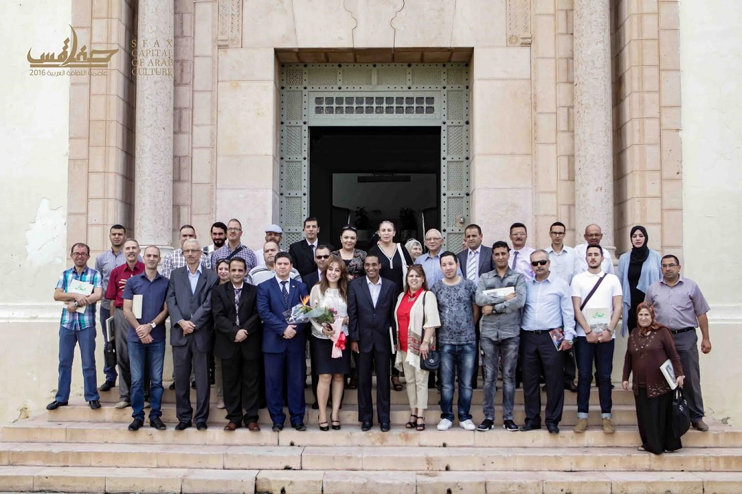 في اختتام الأسبوع الثقافي الجزائري : اشادة بثراء البرمجة ونجاحها وبمتانة الروابط والعلاقات التونسية والجزائرية