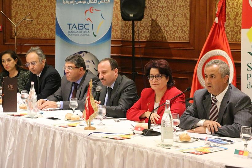 """بمبادرة من مجلس الأعمال التونسي الإفريقي : منتدى دولي بعنوان """"صفاقس قطب صحّي إفريقي"""""""