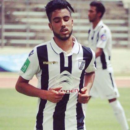 لاعب النادي الصفاقسي أشرف العيادي