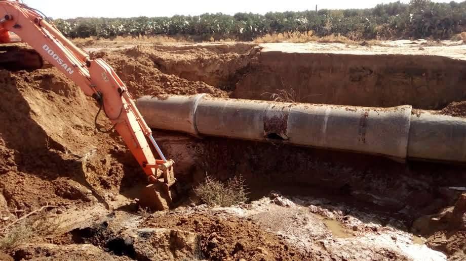 أشغال إصلاح القناة المتضررة والمتسببة في إنقطاع المياه