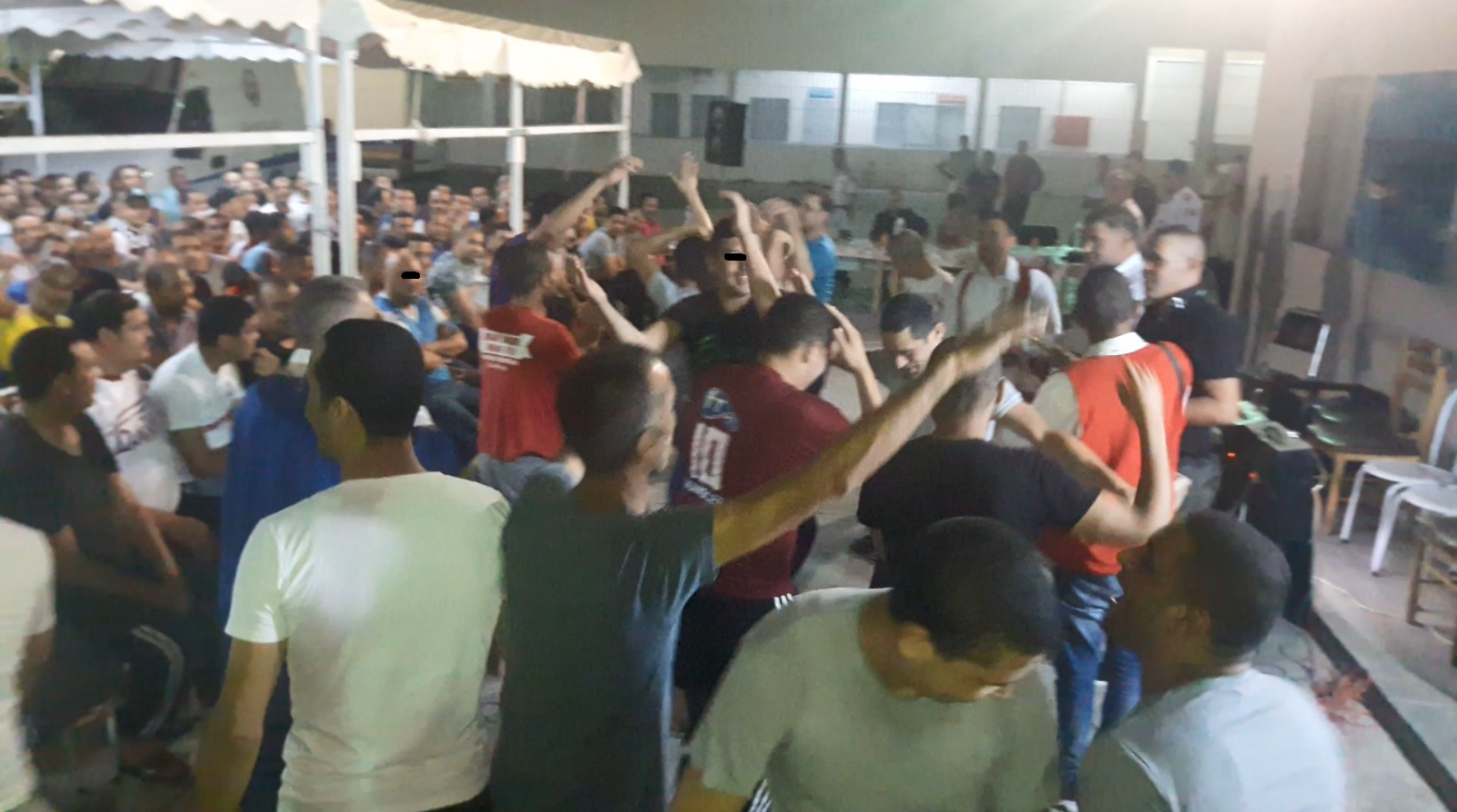 بعد موائد الافطار مع عائلاتهم : السجن المدني بصفاقس ينظم سهرة رمضانية لفائدة المساجين