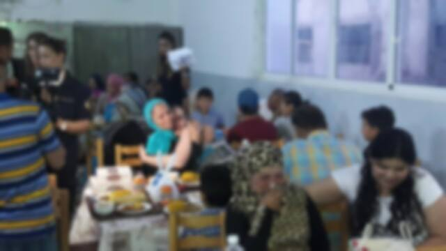 في سجن المدني بصفاقس : مائدة إفطار تجمع سجينات بعائلتهن