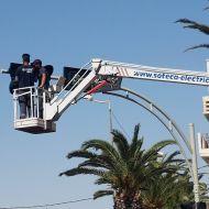 بلدية صفاقس تقوم تغيير الاشارات المرورية باشارات جديدة تحتوى على كاميرات مراقبة