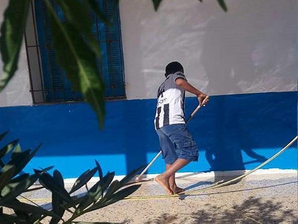 بمشاركة التلاميذ .. حملة نظافة في مدرسة دخان المحطة