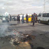 """صفاقس : فض اعتصام العاطلين عن العمل أمام مصنع """"السياب"""" باستعمال الغاز المسيل للدموع"""