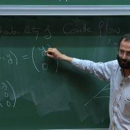 بروفوسير الرياضيات نادر المصمودي