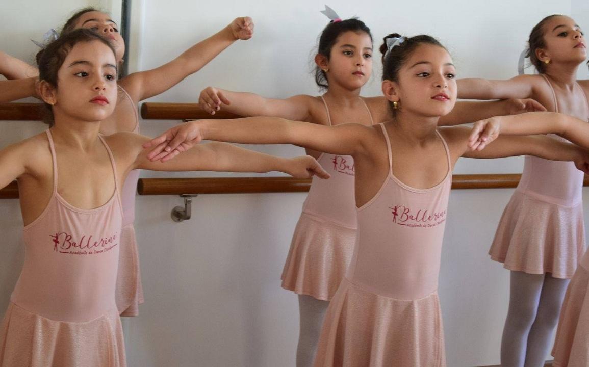 افتتاح أول أكاديمية لتعليم رقص الباليه في صفاقس