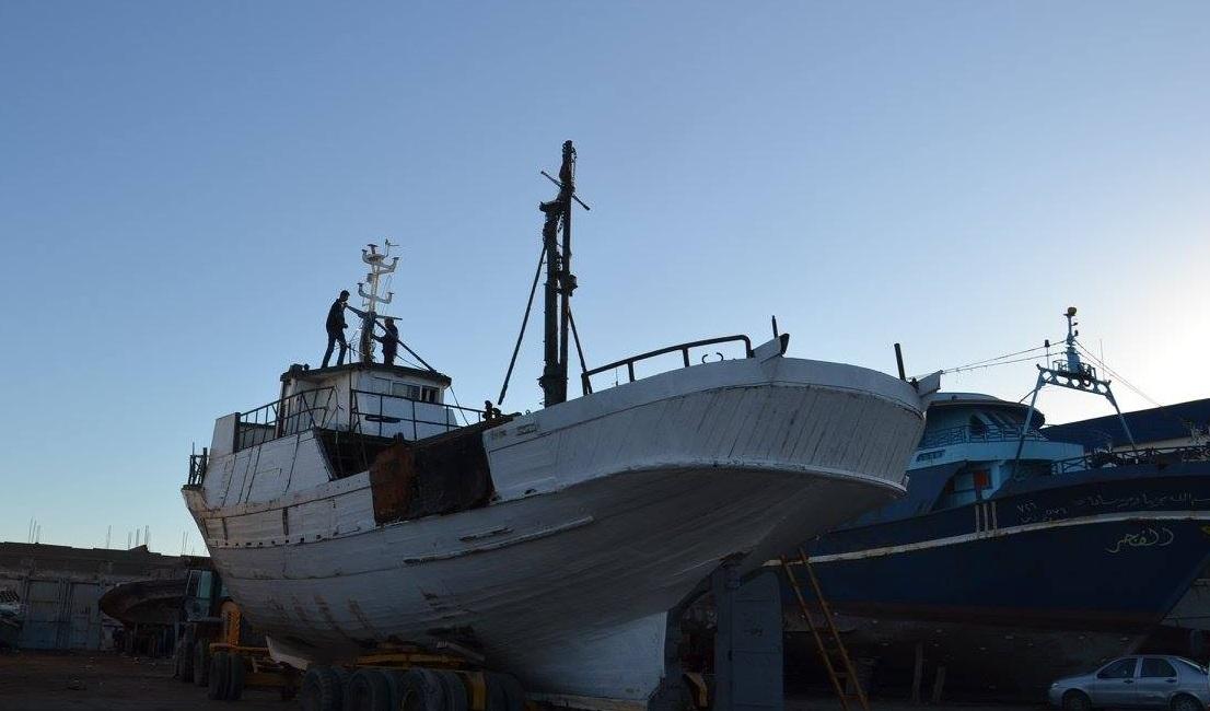 صفاقس : السفينة التي ستثبت بالمفترق الدائري بطريق سيدي منصور