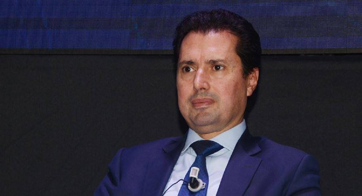 """وزير الصناعة للمواطنين: الناس الكل يلزمها تخلص باش """"الستاغ"""" تعيش"""