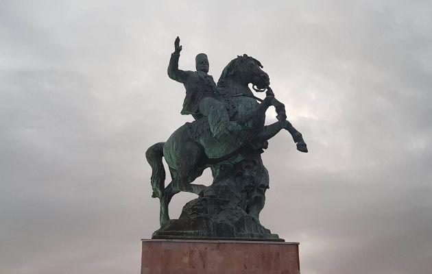 تمثال الحبيب بورقيبة في صفاقس